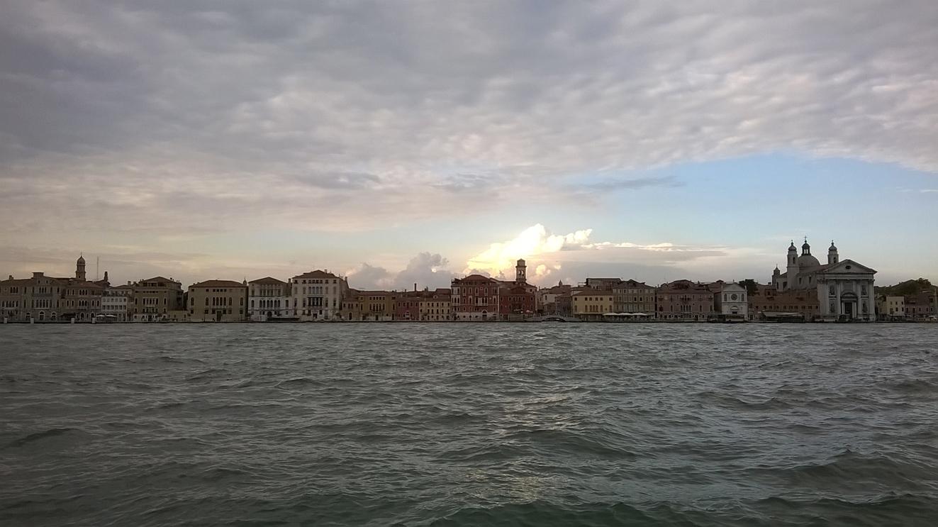 """alt=""""Venezia"""""""