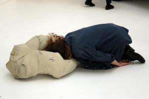 Erwin Wurm, Performative one minute sculptures.Padiglione Austria della 57.Esposizione dell'Arte della Biennale di VeneziaPaola Ricci©Photo